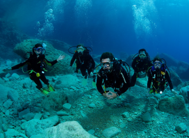 We are providing freshers diving training & placement